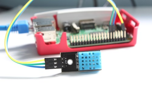 small resolution of dht11 temperature and humidity sensor and the raspberry pi