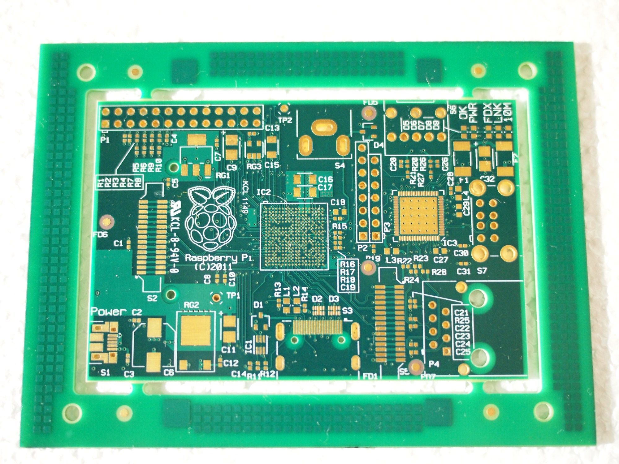 hight resolution of raspberry pi unpopulated pcb