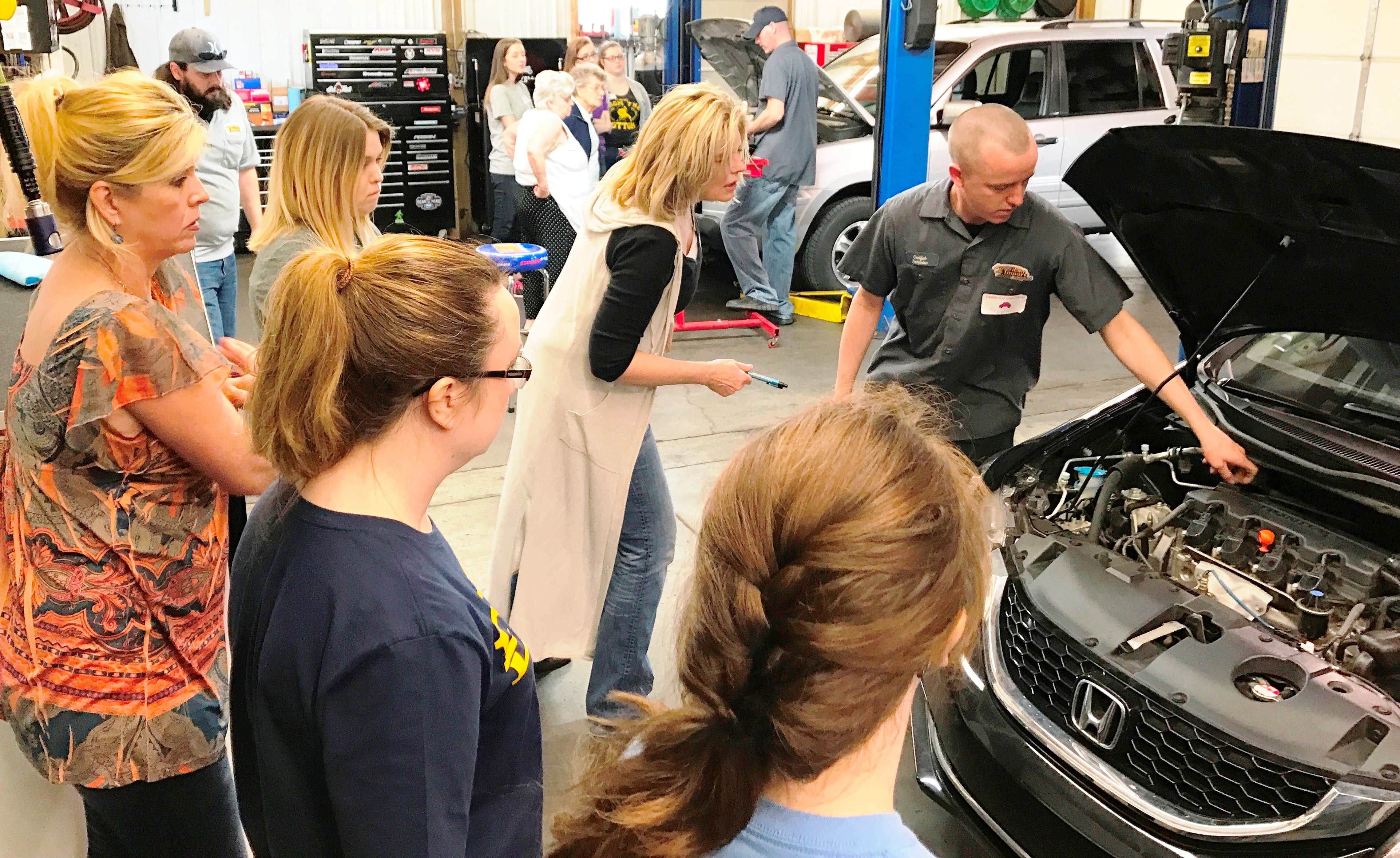 Federated Member Hosts Auto Care Clinic 2017 04 13 Ratchetwrench