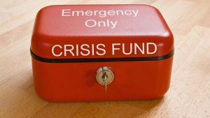 5 things you should and shouldn't do when saving money during the COVID 19 crisis