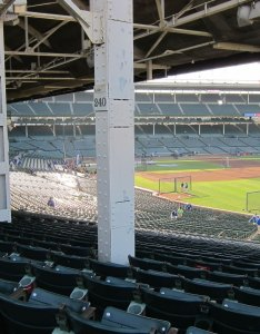 How do terrace box seats differ from reserve at wrigley field also chicago cubs seating chart  interactive map rh rateyourseats