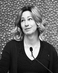 Diana Goetsch