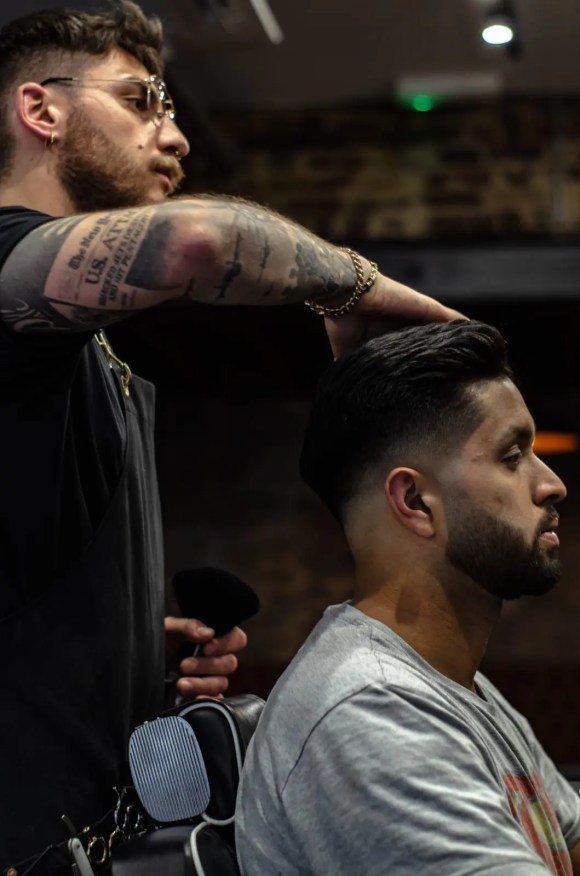 TOP BARBERS IN FITZROVIA