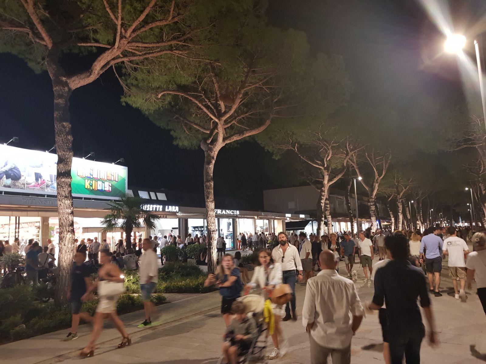 Pi vigili a piedi la sera a Milano Marittima per un progetto da 100mila euro