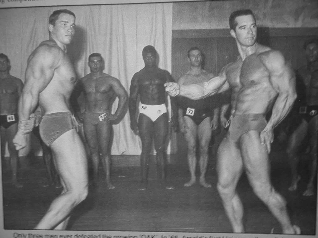 ¿Cuánto mide Arnold Schwarzenegger? - Altura - Real height 07-How-Natural-Bodybuilder-Chet-Yorton-Beat-Arnold-Schwarzeneggar-index2-3