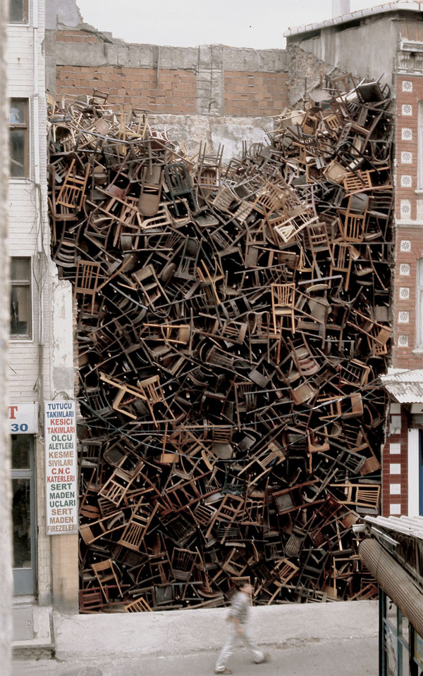 1600 chairs
