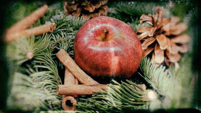 Christmas gifts during the Great Depression might be apples, oranges, or nuts.