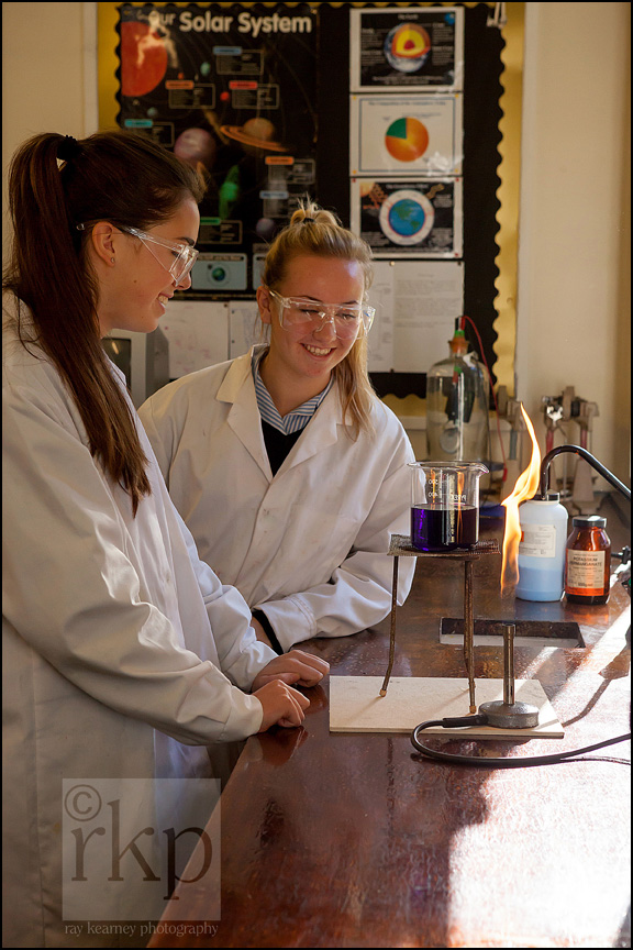 Cransley school chemistry class pupils conducting an experiment