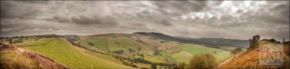 Panorama at the start of the Country Park trail at Tegg's Nose