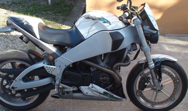 Buell airbrush painting Harley Davidson tromp loeil peinture perso moto  Raymond Planchat