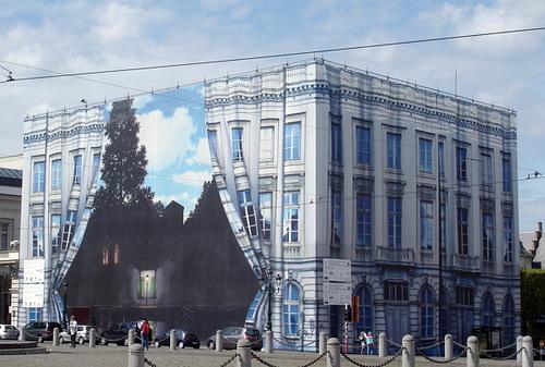 Magritte dans la rue