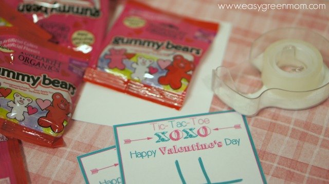 YumEarth Organic Candy with Valentine