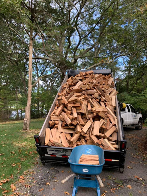 Rayzor's Edge firewood delivery in Stratford, CT