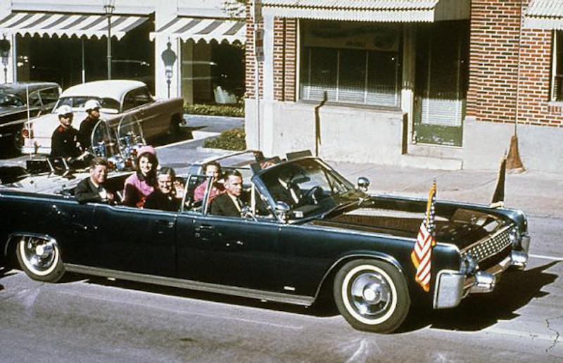 Lincoln Continental Limousine