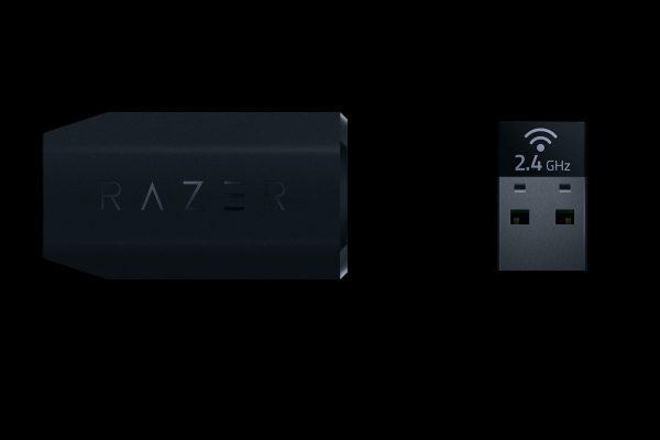 Razer LanceheadのUSBドングルとアダプター