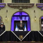 ¡Éxito provida en Guatemala! Presidente presenta política de protección de la vida y la familia.