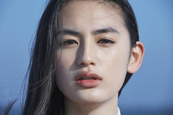 ポカリスエットガール・八木莉可子が高校生に!新CM「踴る始業式」編が公開に | RBB TODAY