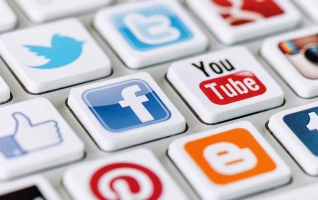 Германии хотят ужесточить требования к соцсетям