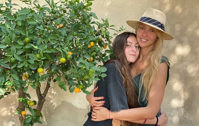 My beautiful and brave girl: Olya Polyakova gently congratulated the daughter on the 15th anniversary