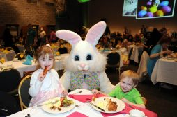 Celebrate the arrival of spring with Breakfast with the Bunny at Brookfield Zoo, an all-you-can-eat buffet at the zoo's Discovery Center on April 8, 9 and 15. The event features an appearance by costumed characters Mr. and Mrs. Bunny, who will be available for photo ops. Banjo Buddies provides the musical entertainment.