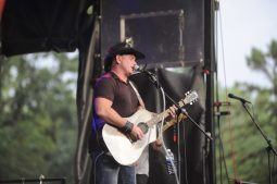 Country superstar Keith Anderson plays during Brookfield Zoo's Summer Nights concert on Friday, June 30. | William Camargo/Staff Photographer