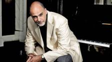 Jazz pianist Jeremy Kahn returns to Dole Hall at Plymouth Place, 315 N. LaGrange Road in LaGrange Park, on Tuesday, Feb. 12 at 7:15 p.m. to celebrate the Valentine's season with favorite melodies of love and his special, easy rapport with audiences.