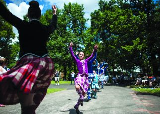 Chicago Scots host their annual picnic at Caledonia Senior Living on Aug. 3.