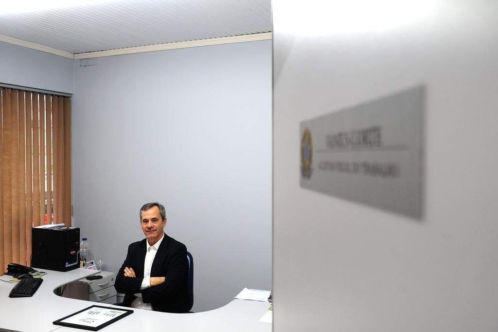 CAXIAS DO SUL, RS, BRASIL, 13/10/2017. O ex-gerente regional do Ministério do Trabalho em Caxias, Vanius Corte, retoma seus oito anos à frente do cargo e fala sobre seus motivos para voltar a ser somente auditor-fiscal. (Diogo Sallaberry/Agência RBS)