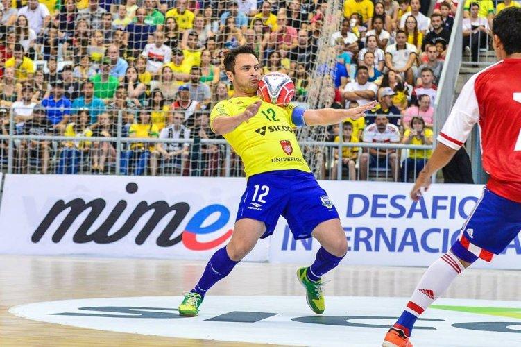Esportes mais praticados no brasil: 05 Futsal