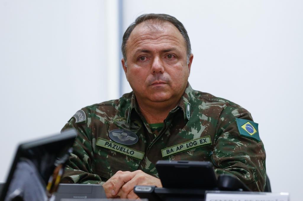 Eduardo Pazuello: quem é o general que militarizou a cúpula do Ministério  da Saúde | GZH