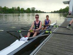 David Kieserling und Joscha Loerwald am Siegersteg (JM-B 2x)