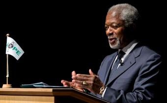 Kofi Annan spreekt op HOPE XXL in de Stadsgehoorzaal