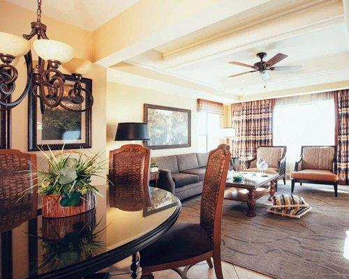 Orange lake resort orlando 2 bedroom villa for Orange lake resort 4 bedroom villa