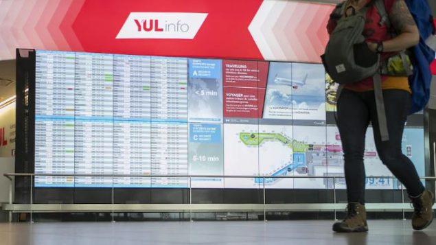في صباح يوم الإثنين، تمّ إلغاء حوالي 50 رحلة في مطار مونتريال - Ivanoh Demers / Radio Canada