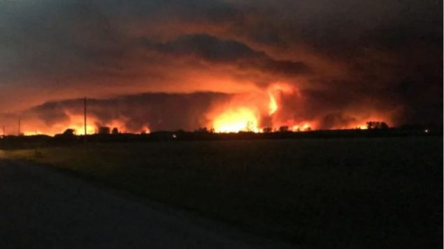 حرائق الغابات مستعرة في شمال ألبرتا (أرشيف)/ Dean Ducharme