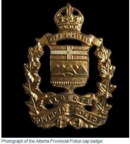 Photograph of an Alberta Provincial Police cap badge.