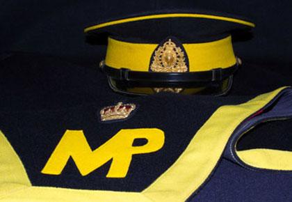 Photograph of a RCMP forge cap and shagbrak (Source of photo - Sheldon Boles).