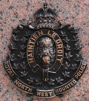 Photograph of a RNWMP crest (Source of photo - Sheldon Boles).