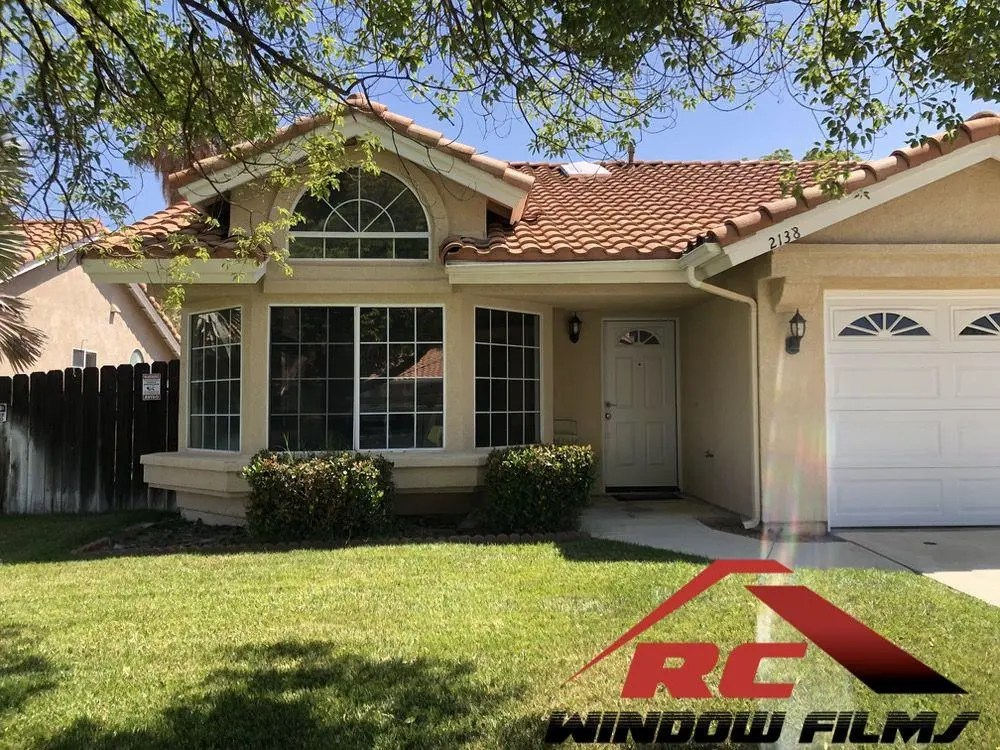Home Window tinting in Hemet with Silver 20 - A mirror one way home window tint