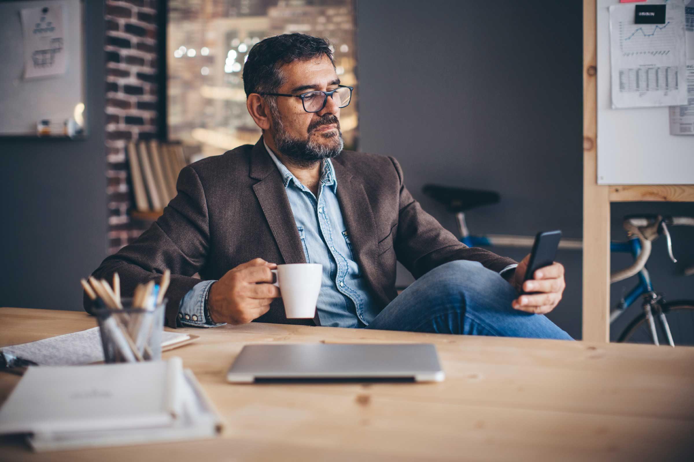 Work Stress 36 Tricks to Reduce Stress at Work  Readers