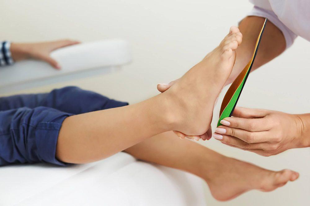medium resolution of feet