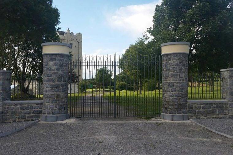 Ballytarsna-Hackett Castle