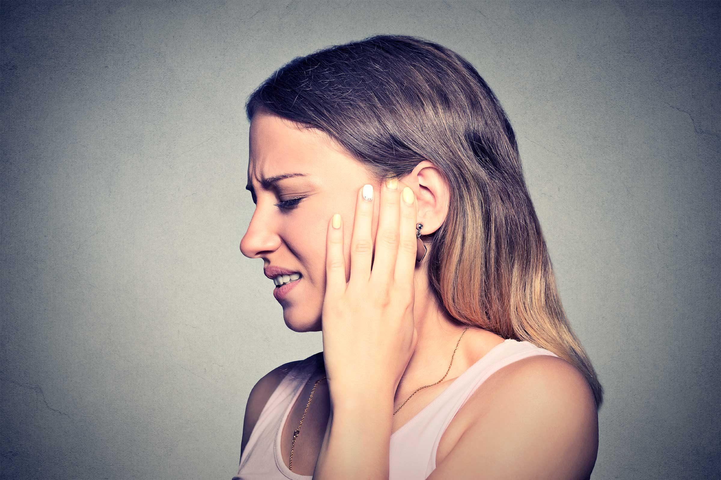 Acid Reflux Symptoms: 6 Silent GERD Signs | Reader's Digest