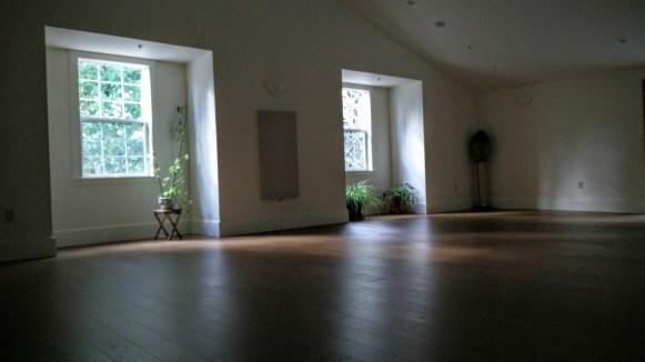 Walking meditation hall