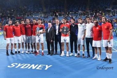Team Serbia e spagna alle premiazioni della ATP CUP 2020 Sydney