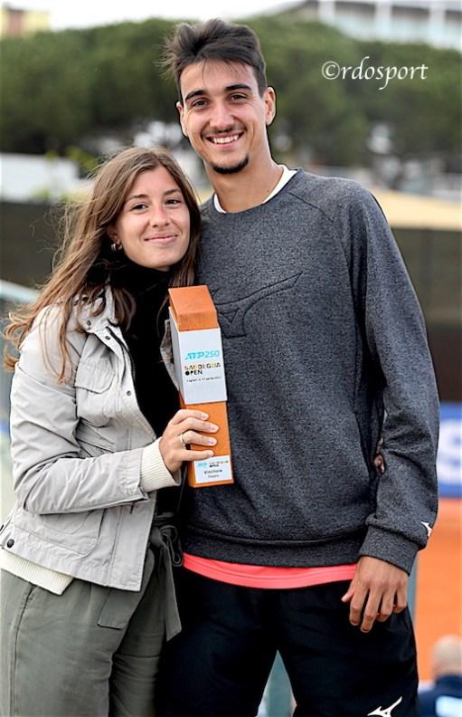 Lorenzo Sonego insieme alla fidanzata (©Roberto Dell'Olivo)
