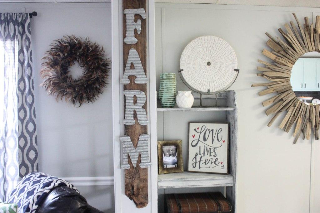 Kitchen DIYs: DIY Galvanized Farm Pallet Sign