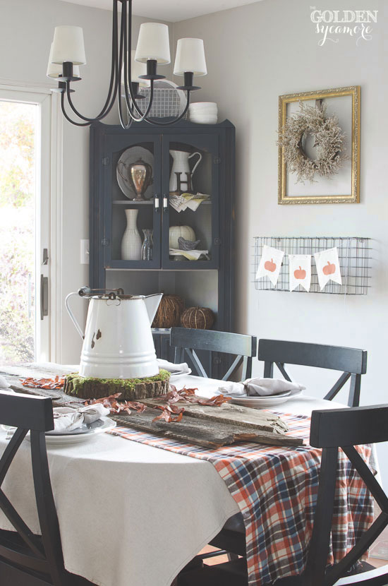 Simple Rustic Fall Tablescape