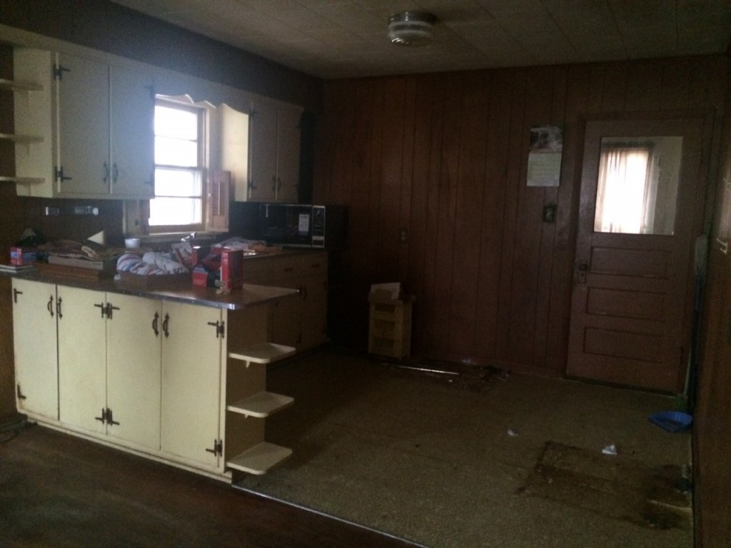 Cottage Charmer fixer upper home - before picture-kitchen