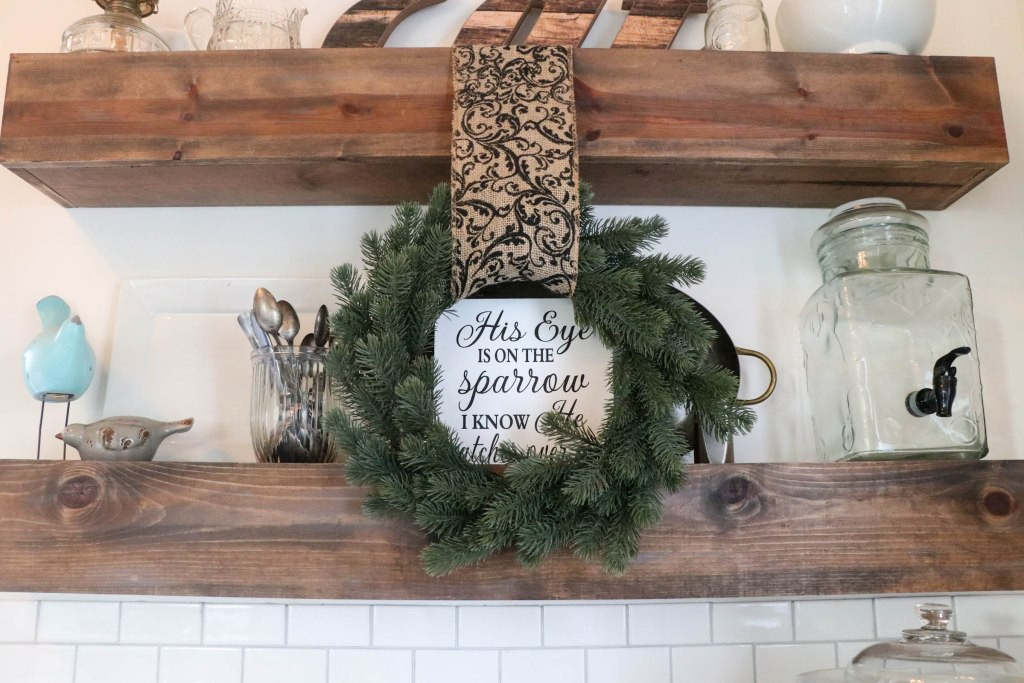 Enjoy a Christmas Tour with The Frosted Farmhouse where you can find ALL things beautiful and farmhouse! She has a true knack for this gorgeous style! Check it out now!